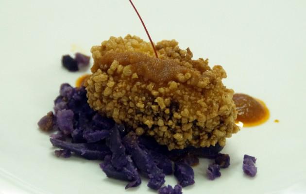 Receta: Bonito y cigala con piedras de trigo, patata violeta y mojo vizcaíno