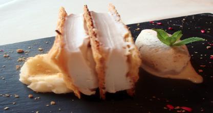 Receta: Milhojas de Caranegra y castañas con helado de almendra tostada