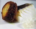 Receta: Torrija de bacalao con su taco ahumado y salsa batida de hongos