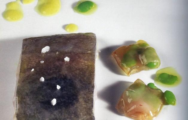Receta: San Pedro con ravioli de habas en jabugo