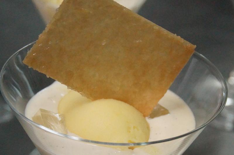 Sorbete de naranja, crema de vainilla y Grand Marnier