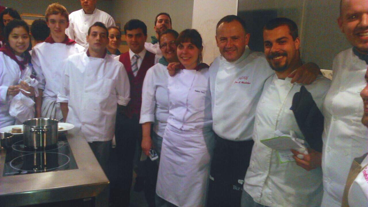 Jose Miguel Olazabalaga de Aizian en la Escuela Superior de Hostelería de Bilbao
