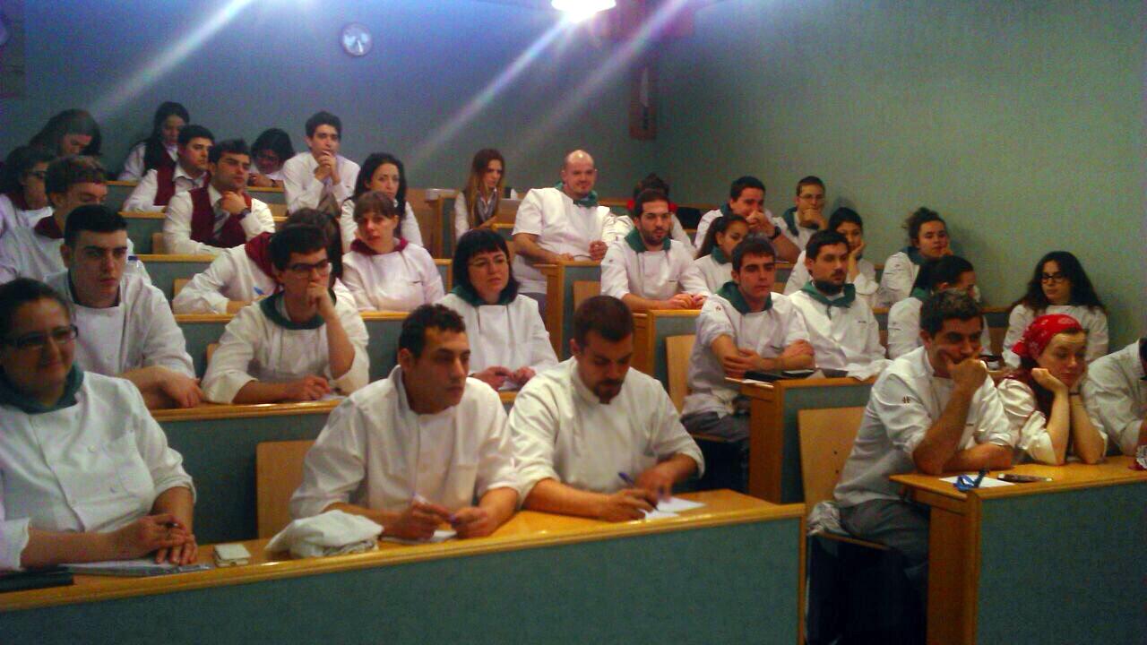 Jose miguel olazabalaga en la escuela de hosteler a de - Escuela de cocina ...