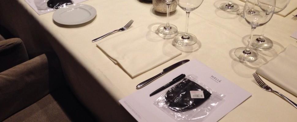 Nueva cena a ciegas en Aizian