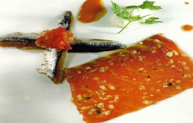 Receta: Ensalada de anchoas y salmón marinado
