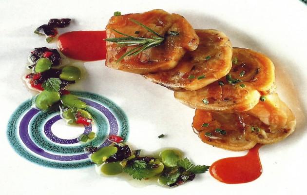 Receta: Ensalada de pie de cerdo con vinagreta de setas y piquillos