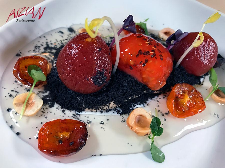 aizian menu aste nagusia Tomates en texturas sobre mousse de anchoas en salazón y olivas negras