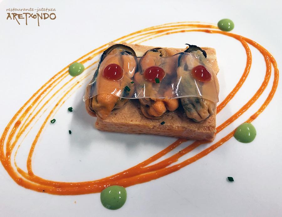 Mejillones al vapor sobre cama de pastel de cabracho restaurante Aretxondo Galdakao menu