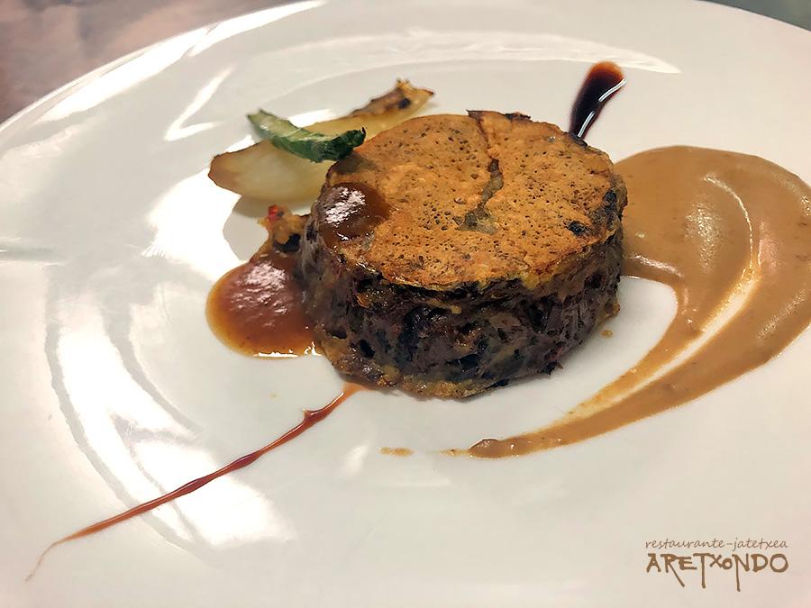 Rabo de buey deshuesado con crema fina de hongos restaurante Aretxondo Galdakao menu