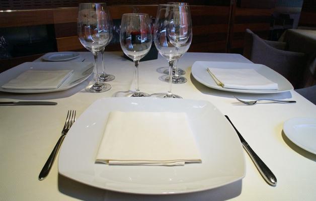 restaurante aizian bilbao vajilla