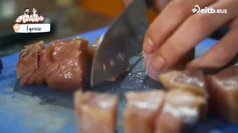 Receta marmitako de bonito Zuriñe García Andra Mari programa A Bocados